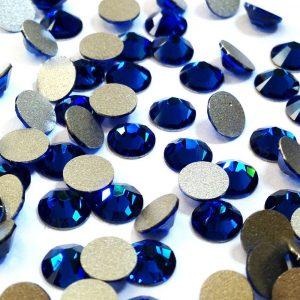 Камъни за декорации с елементи Swarovski