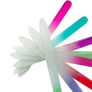 Стъклена пила – с цветна дръжка и матов ефект