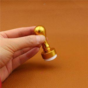 zlaten-silikonov-pechat-za-nokti